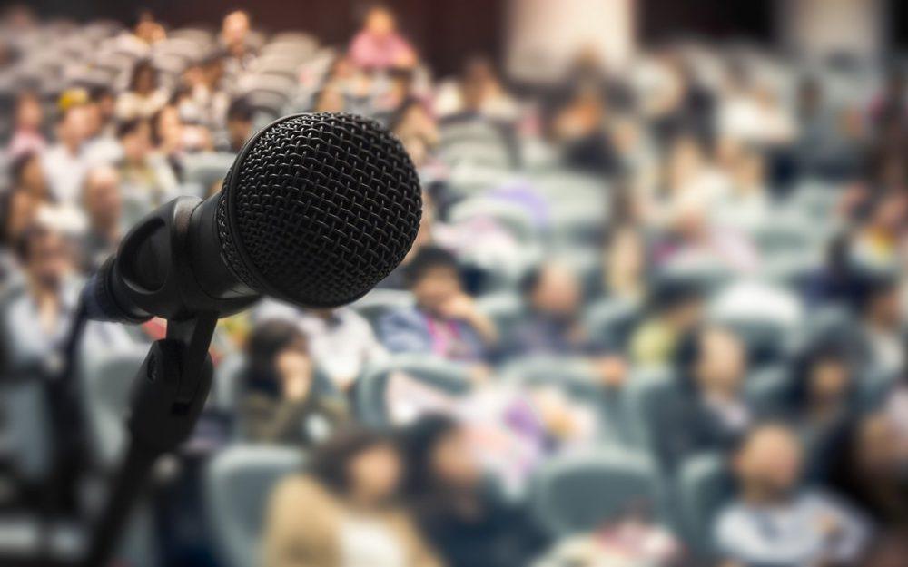 public-speaking-advice-ask-marilyn-ftr