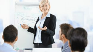 1425385429_customer_training
